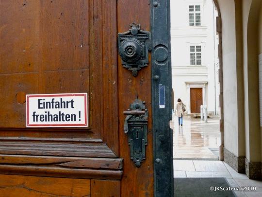 Door, Salzburg