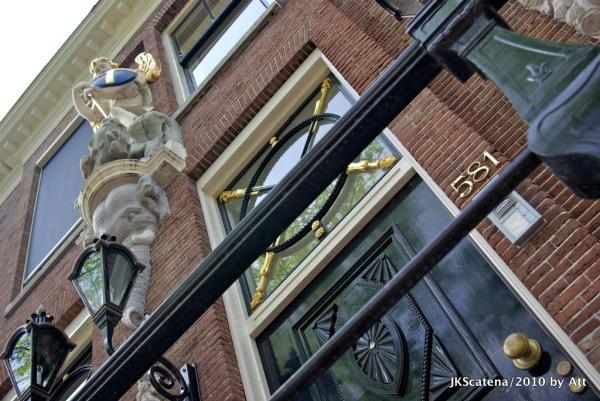 Amsterdam: 581