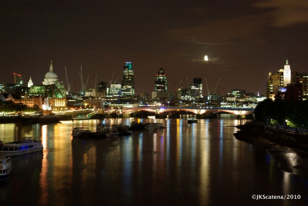 London: Nocturne view, The City