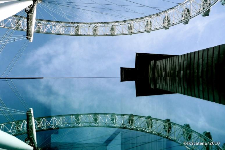 London: Eye, mirrored