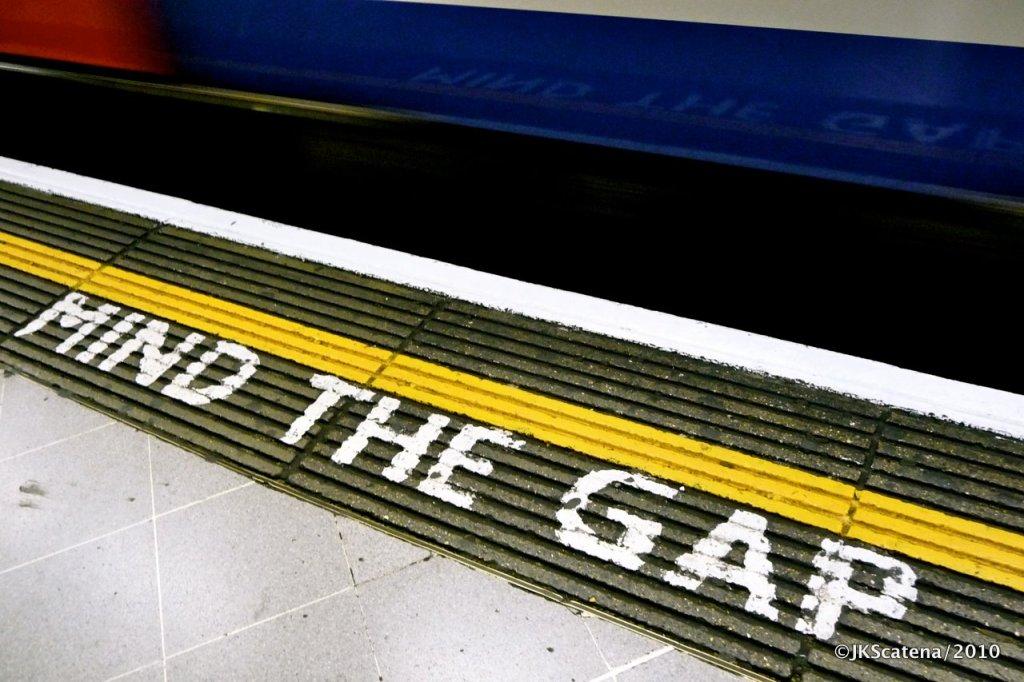 London: Tube, Mind the gap
