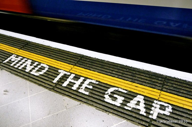 London: Tube, Mind the gap