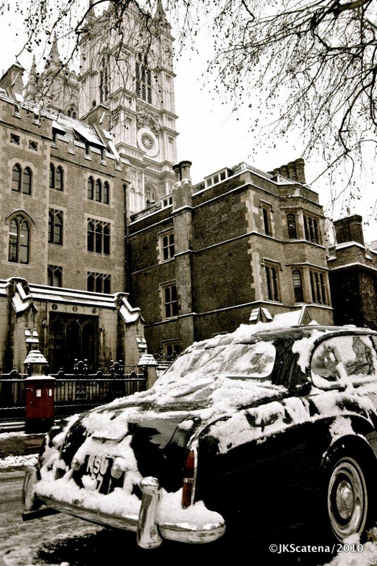 London: Dean's Yard, Vintage