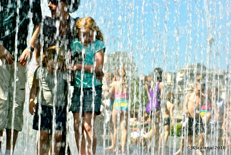 London: Royal Festival Hall, Fountain