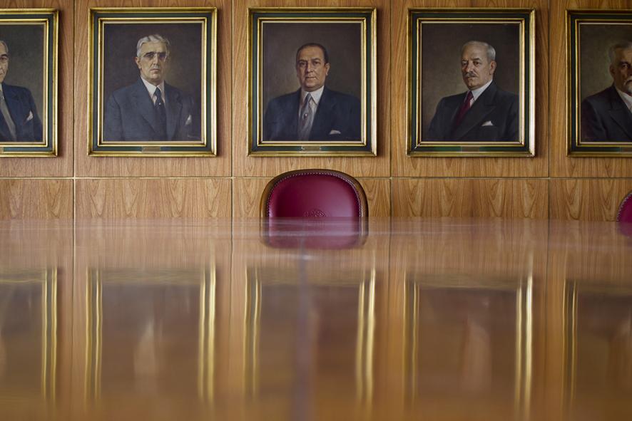 São Paulo: Chair Men