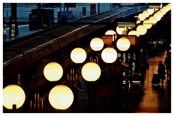 Paris: Gare de Lyon, II