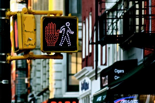 New York: Stop|Walk